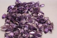 Amethyst in Navett-cut faceted 12 x 6 mm